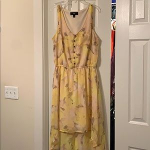 Yellow floral sleeve was dress